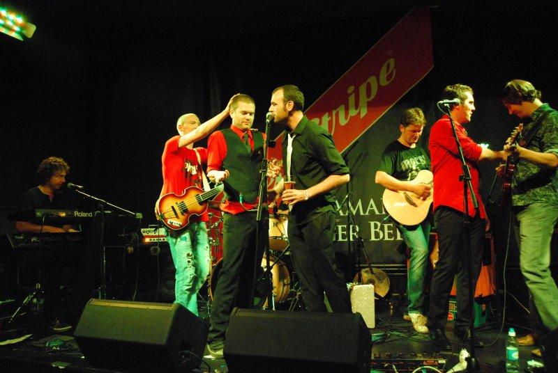 beapple-dundee-aug2011-527